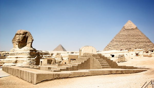 Arabic/Egyptian Landmark-Sphinx and Great Pyramids