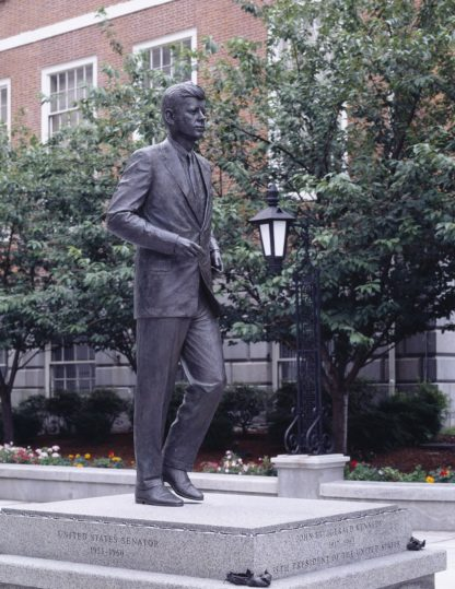 Learning Kennedy-Family Accent-JFK Statue